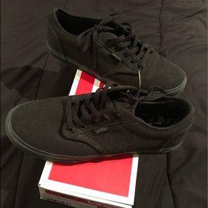 Black Vans | Size 7